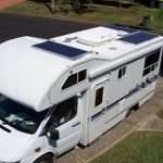 Come scegliere i pannelli fotovoltaici per camper e roulotte