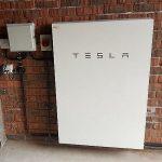 Posso staccarmi dalla rete con un Tesla Powerwall?