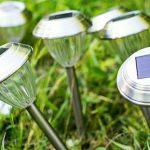 Le lampade solari da giardino si ricaricano nei giorni nuvolosi?