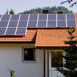Si può alimentare una casa con i pannelli fotovoltaici?